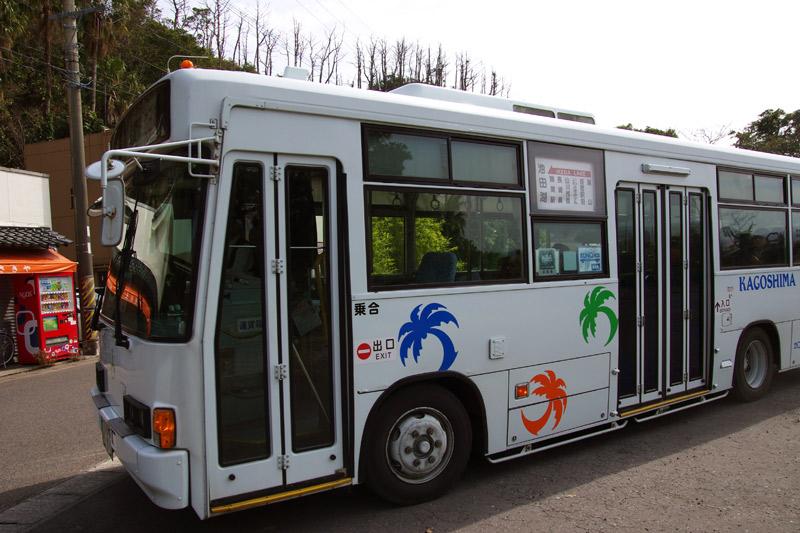 長崎鼻から唐船峡へ向かうバス