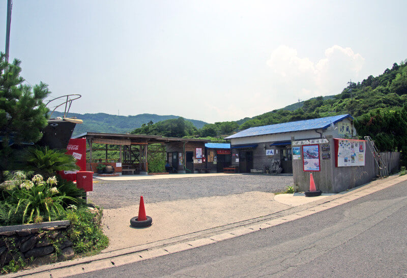 元乃隅稲成神社の休憩所