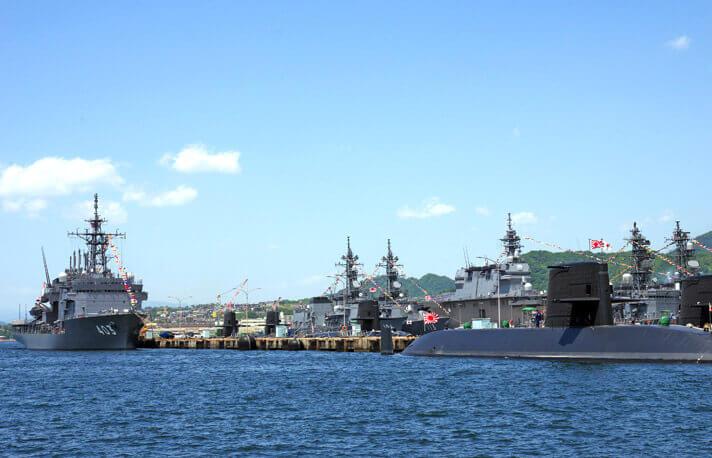 アレイからすこじま_護衛艦と潜水艦