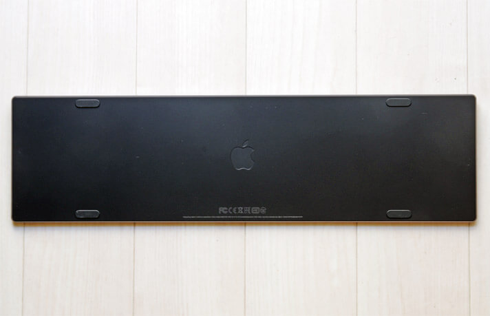 Magic Keyboard(テンキー付き)裏面
