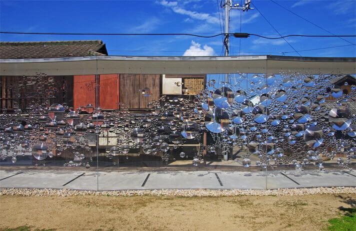 犬島「家プロジェクト」S邸 作品名「コンタクトレンズ」