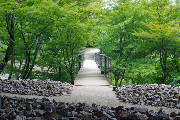 神勝寺 禅と庭のミュージアム|洸庭までの行き道