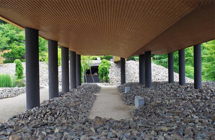 神勝寺 禅と庭のミュージアム|洸庭の下