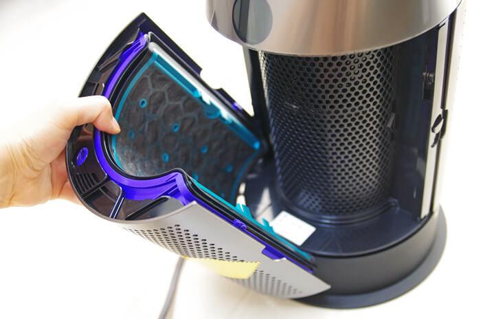 Dyson Pure Hot + Cool|空気清浄機能付ファンヒーター|活性炭フィルターの取り付け