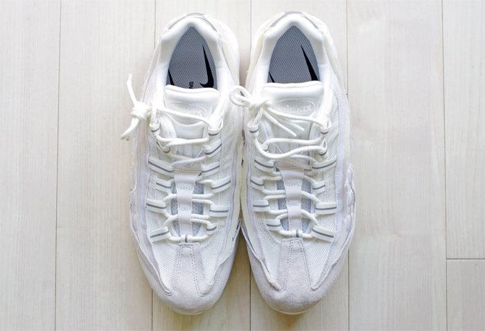 COMME des GARCONS(コム・デ・ギャルソン)× Nike(ナイキ)のコラボレーション スニーカー「Air Max 95(エアマックス 95)」|上から撮影した正面写真2