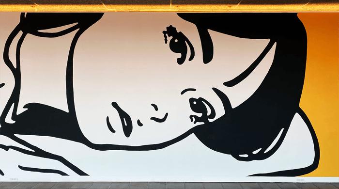 【アート観光】KYNE(キネ)の直筆壁画(イラスト)を見に福岡市美術館、グッズを買いにON AIRへ|感想や写真など