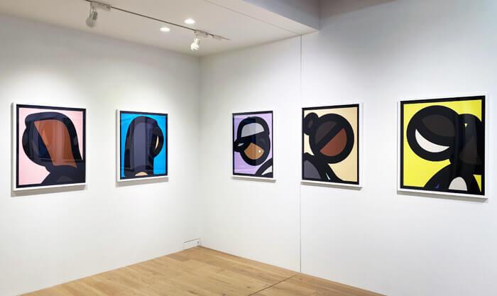 ブラー (Blur)のベスト盤のジャケットデザインで有名な「JULIAN OPIE(ジュリアン・オピー)」の個展「Portraits.(ポートレート)」in 大阪・TEZUKAYAMA GALLERYに行ってきた |作品展示の写真
