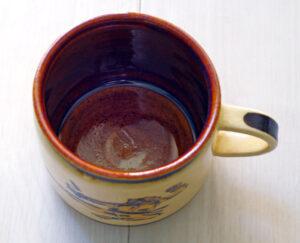 【おしゃれな日本製ブランド】京都の人気陶芸家「DAISAK(ダイサク)」のマグカップ|内面写真